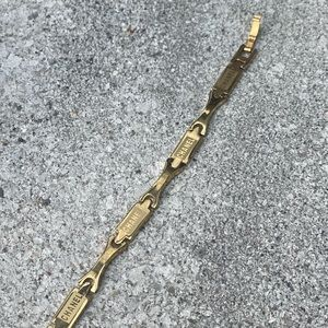 ✨CHANELLOGO✨Gold Link Bracelet